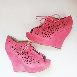 Delicacy Platform/Laced Wedge Shoes Size 10 Pink